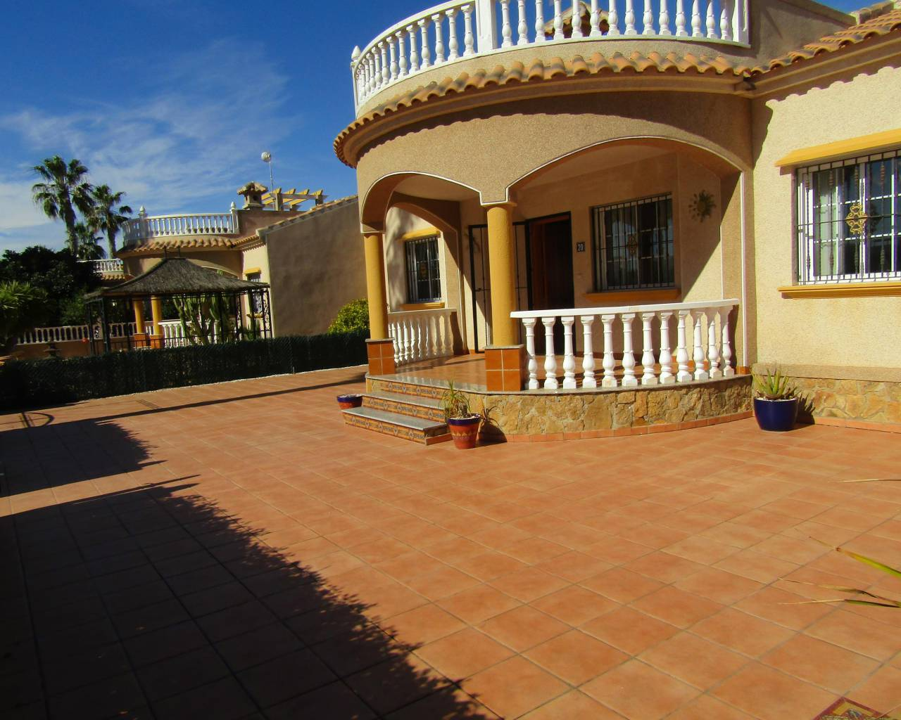 Resale - Detached Villa - El Raso - Guardamar